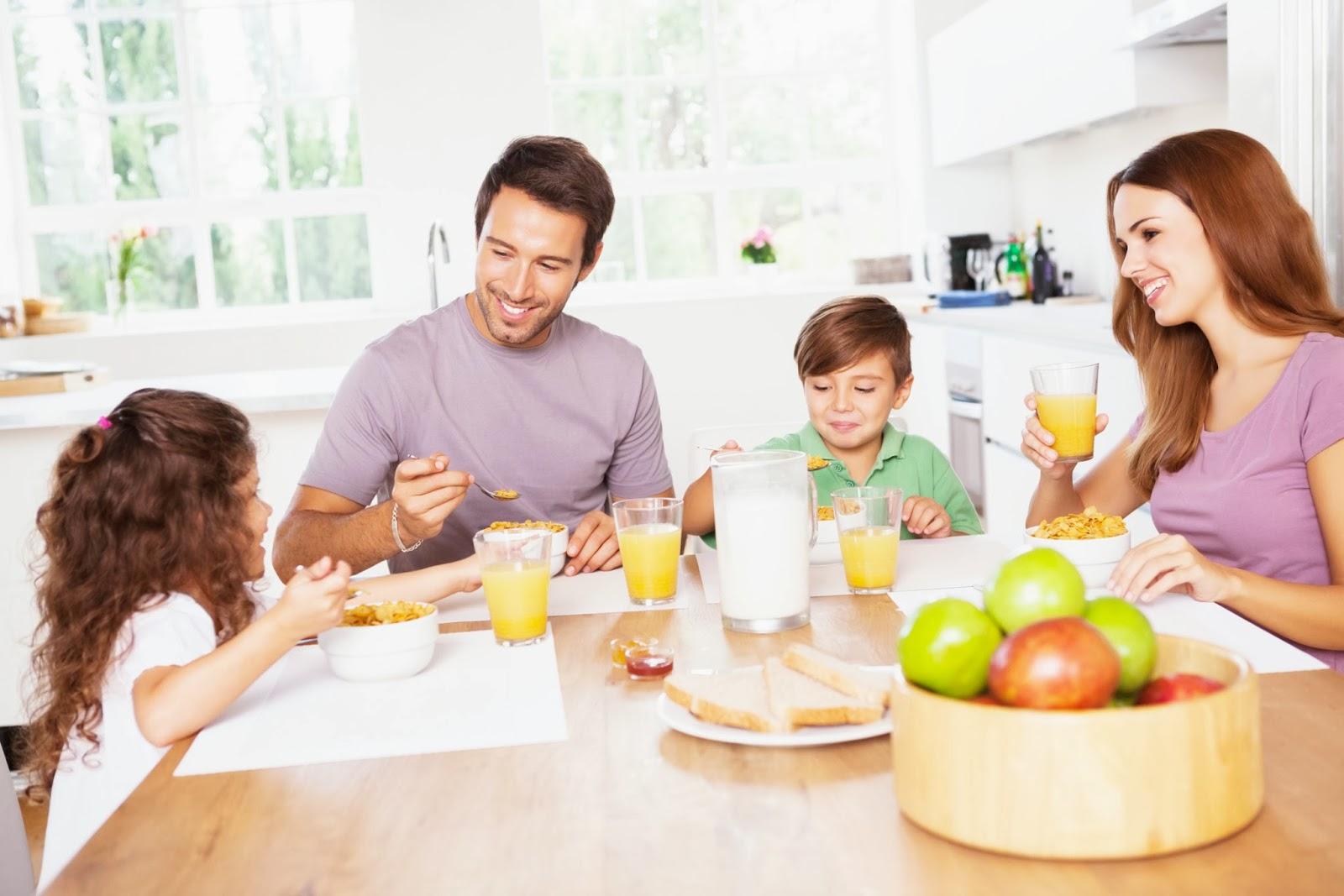 Curiosit bambini a tavola mamme magazine for Faccende domestiche in inglese