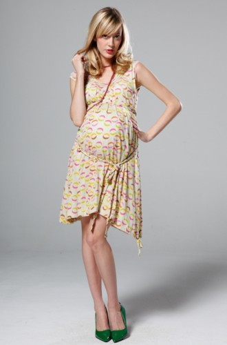 a168933c5720 Abbigliamento premaman Zara