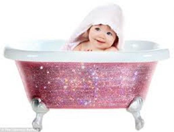 Cosa fare se il bimbo non vuole fare il bagno mamme magazine - Cani che non vogliono fare il bagno ...