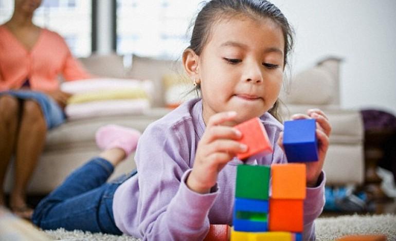 Giochi per bambini di 3 anni - Bambini in piscina a 3 anni ...