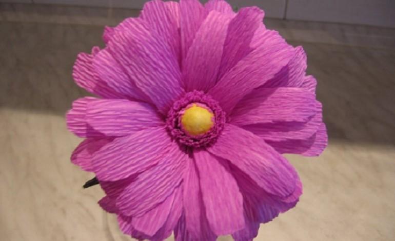Decorazioni pasquali per la casa fiori di carta crespa pasqua 2015 mamme magazine - Carta crespa decorazioni ...