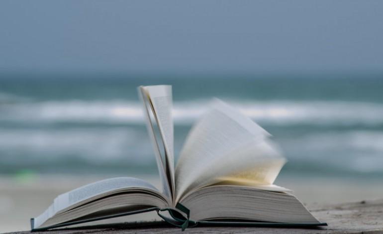 Come leggere libri senza spendere soldi mamme magazine - Acquistare immobili senza soldi ...