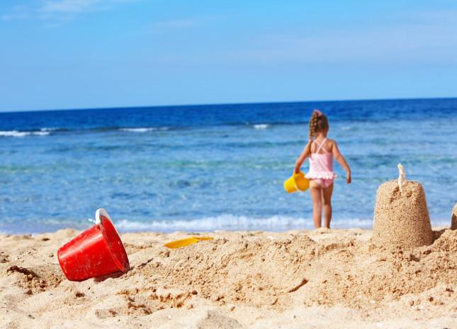 Idee divertenti giochi per bambini 5 anni in spiaggia - Immagini di spongebob e sabbia ...