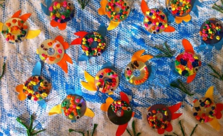 Idee decorazioni estate con materiale riciclato mamme - Decorazioni natalizie con materiale riciclato ...