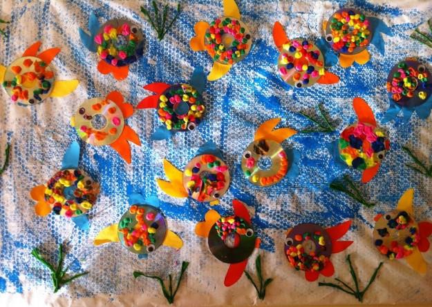 Idee decorazioni estate con materiale riciclato mamme - Decorazioni di natale con materiale riciclato ...