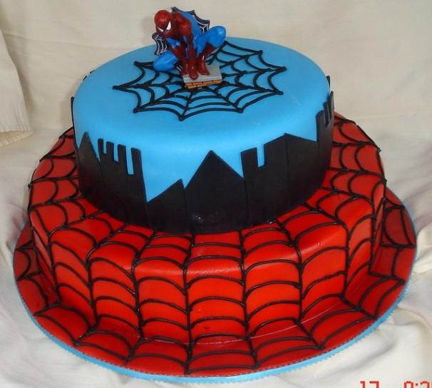 decorazioni torta di compleanno spiderman mamme magazine