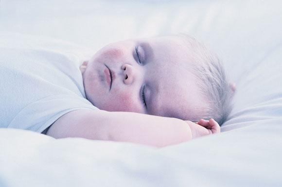 Fino a quando neonato dorme in culla mamme magazine - Culla che si attacca al letto prenatal ...