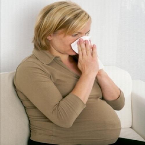 Le allergie in gravidanza: come affrontarle con i rimedi ...