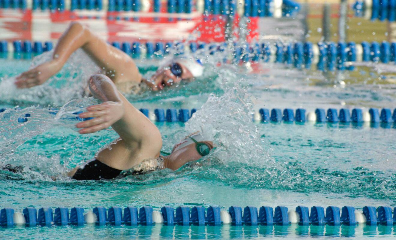 Corsi nuoto per adulti e bambini a milano mamme magazine - Corsi per neonati in piscina ...