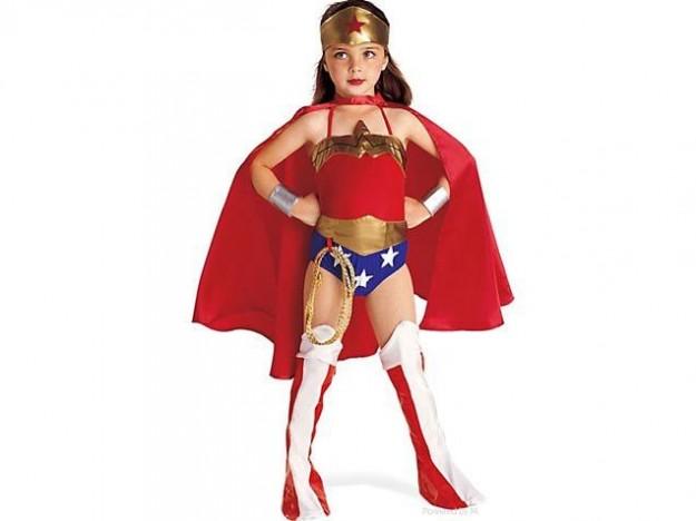 vendite speciali raccogliere scarpe a buon mercato Idee costume di halloween wonder woman bambina   Mamme Magazine