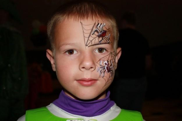 abbastanza Come fare trucco ragno travestimenti bambini - Mamme Magazine ED43