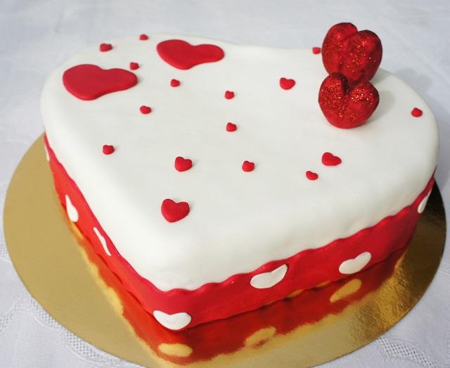 Estremamente 10 idee per torte San Valentino - Mamme Magazine PS85