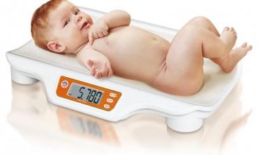 Come scegliere bilancia pesa neonati