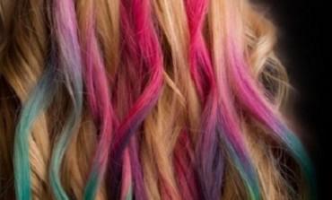 Come usare gessetti per colorare capelli