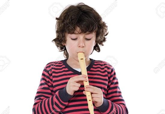 come i bimbi possono imparare a suonare il flauto dolce