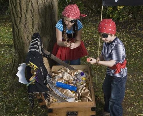 Caccia Al Tesoro Bambini 5 6 Anni : Come far giocare i bambini alla caccia al tesoro in primavera