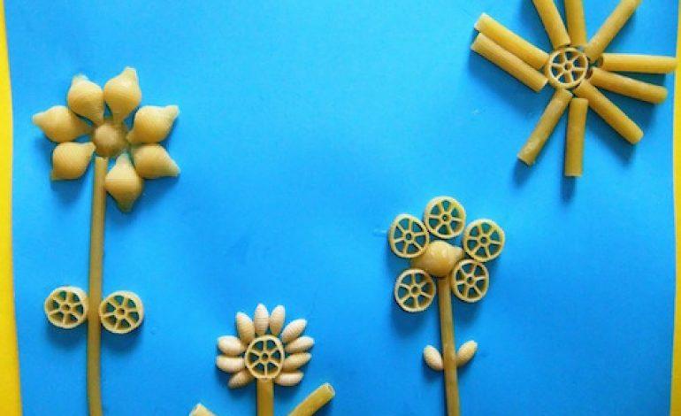 Lavoretti di primavera bambini con la pasta mamme magazine for Lavoretti di primavera