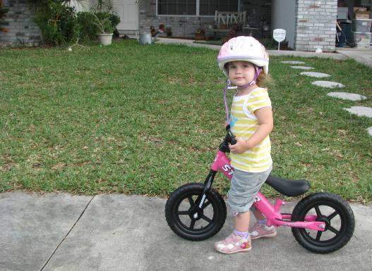 Come insegnare a pedalare ai bambini senza rotelle