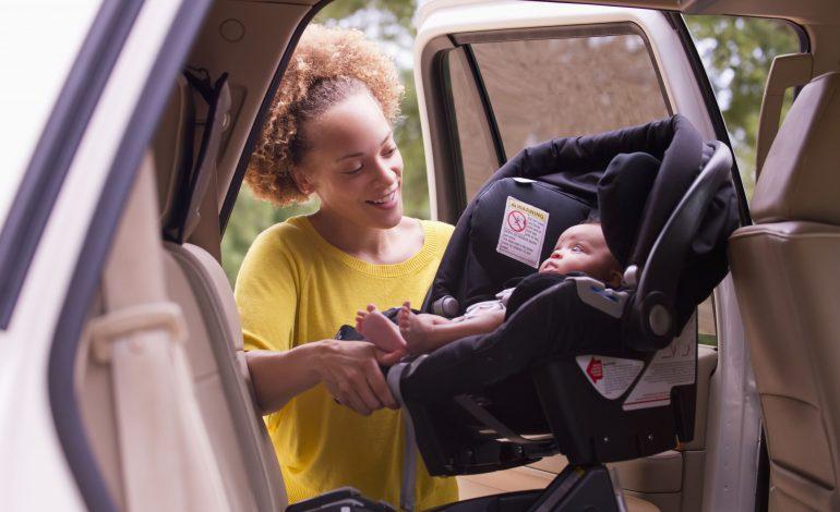 3 tipi di seggiolini auto per bambino