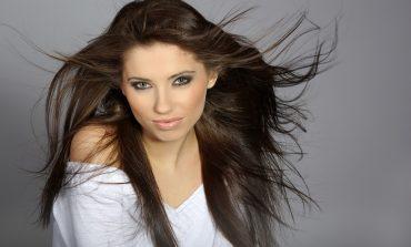 Bioscalin Nutri Color: La soluzione per curare i capelli in estate