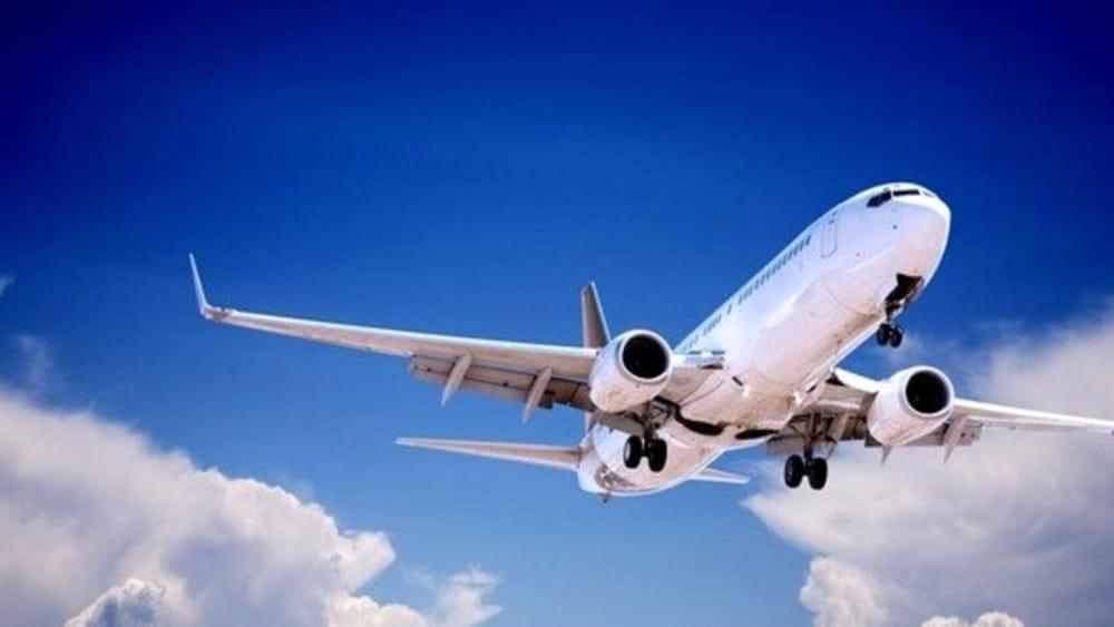 Passeggino in aereo: bagaglio a mano o in stiva?