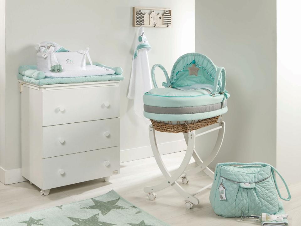 Cameretta del neonato trucchi e idee per arredarla - Idee per pitturare una cameretta ...